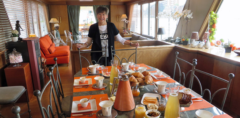 Barge MS Elisabeth breakfast