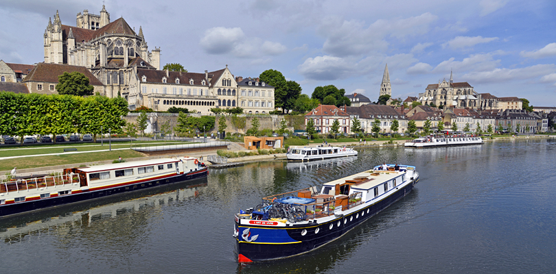 Yonne River through Auxerre
