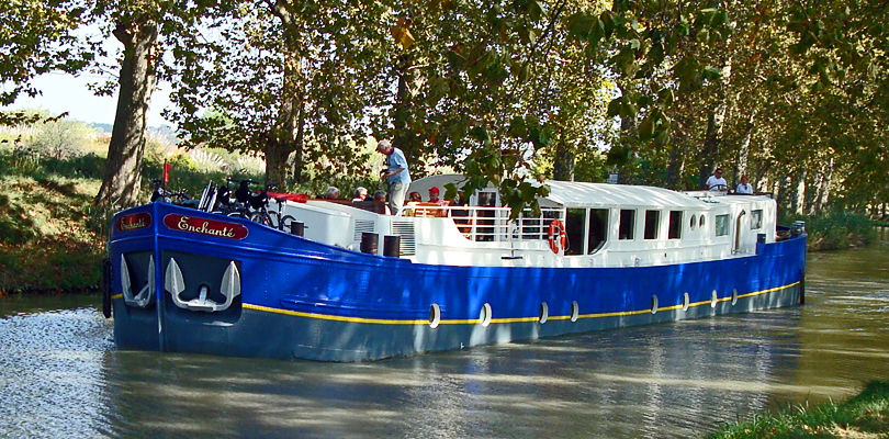 Enchante cruising the Canal du Midi