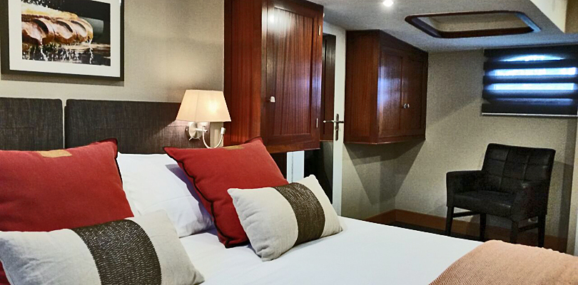 Rendez-vous double bedded stateroom