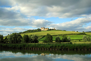 Chateauneuf-en-Auxois overlooks the Southern Burgundy Canal at Vandenesse