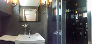 Esperance large and modern ensuite bathrooms