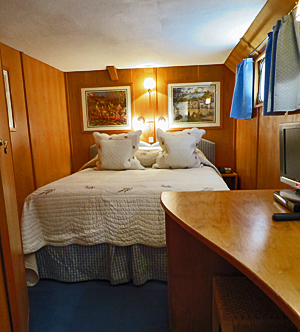 Napoleon queen bedded stateroms with ensuite bathrooms