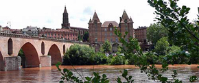 Montauban, city of art and culture, on the River Tarn