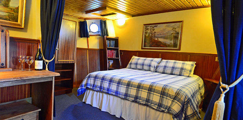 Scottish Highlander queen staterooms