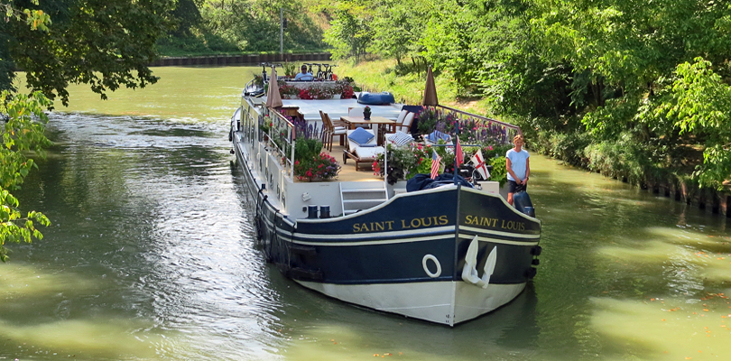 Saint Louis barge cruise, near Bordeaux, on Canal de Garonne, Southwest France